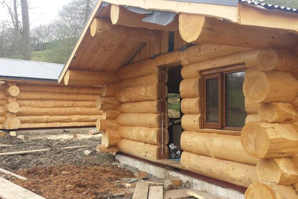 Mountain Edge Log Cabin Build April 2016